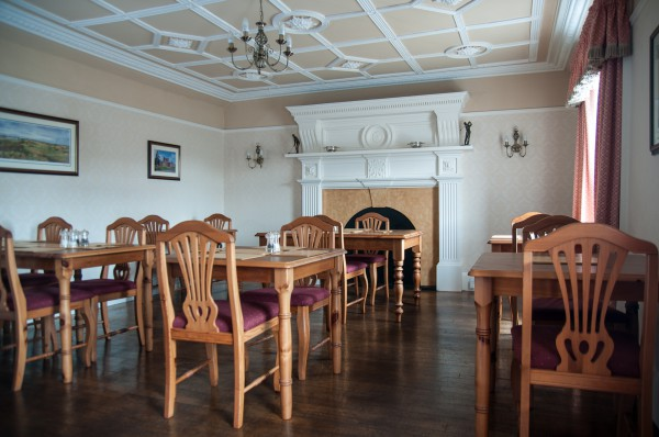 Seaview guesthouse dining room